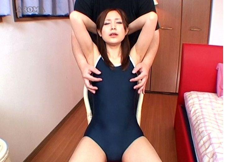 【独占】微乳美少女敏感乳首