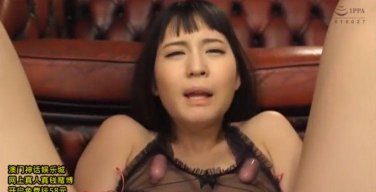 小谷みのり、過敏乳首にローターを固定され、ハネ腰で怒涛の乳首イキ
