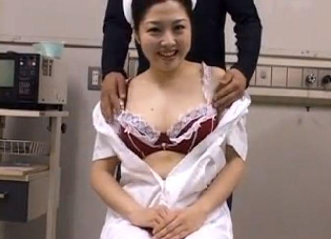 新人看護婦乳揉みインタビュー。オナネタを想像し涎垂らして乳首イキ
